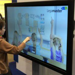 Todavía un 15% de las aulas no tiene pizarra digital